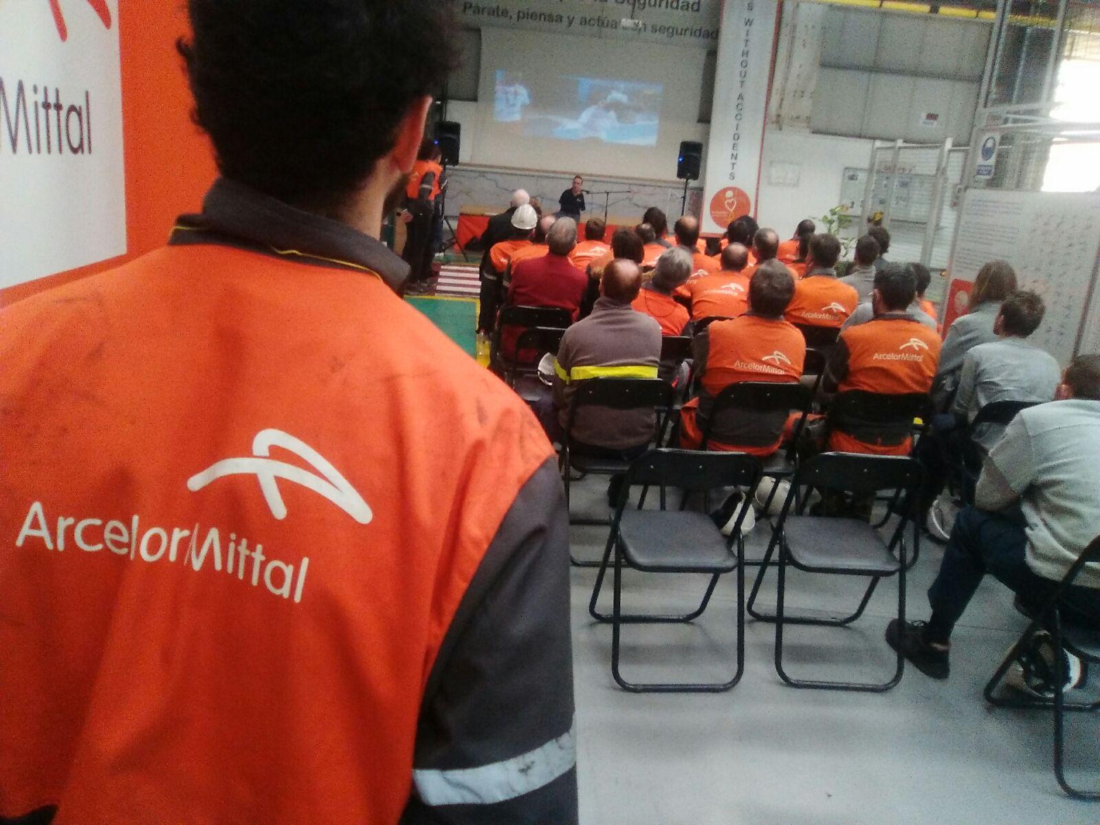 Conferencia De los pies a la cabeza en Arcelor Mittal